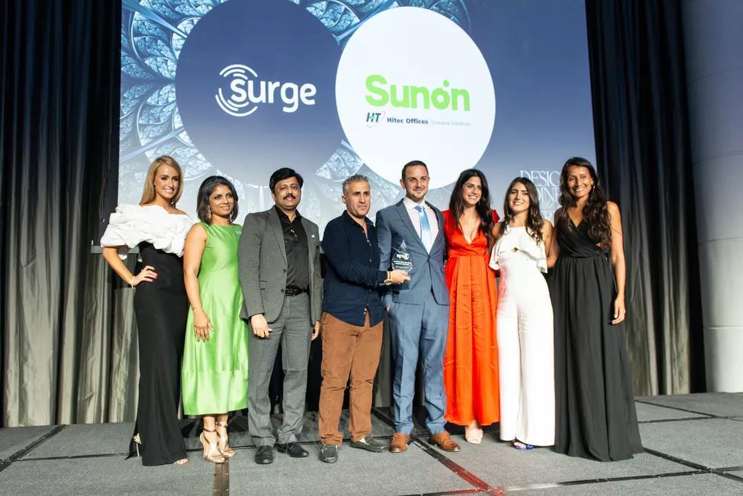 圣奥办公家具亮相2019迪拜Surge设计师慈善活动