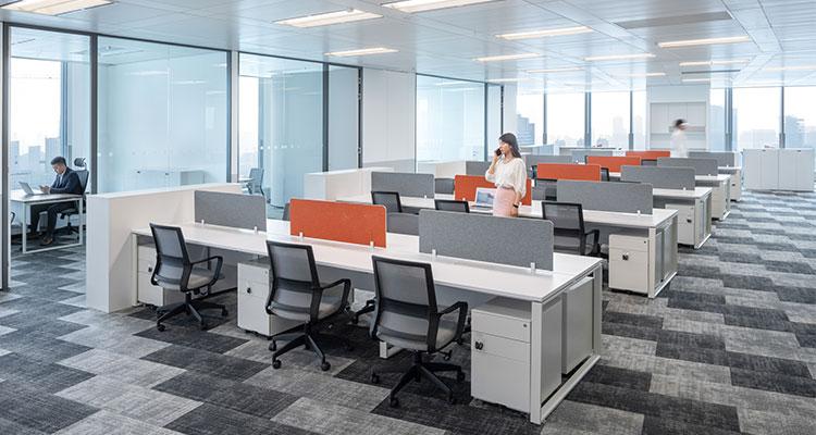 圣奥为武汉恒隆广场共享中心打造的职员办公空间