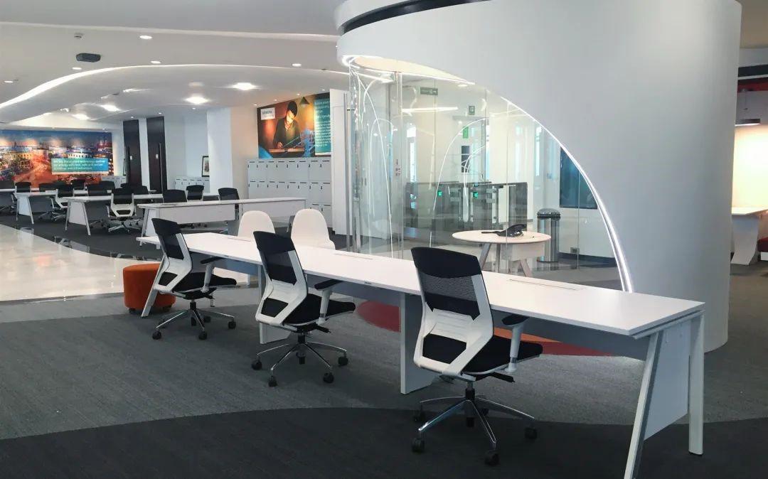 浙江圣奥办公家具为西门子提供办公家具及空间解决方案